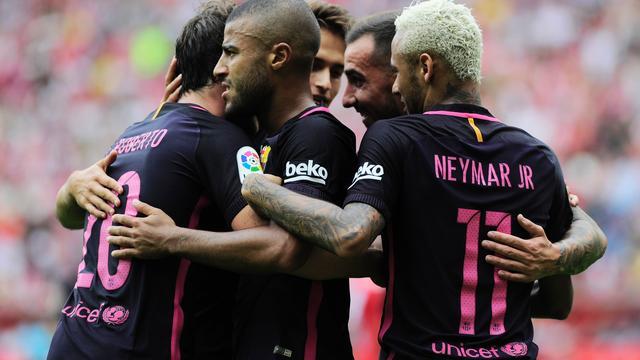 Barcelona boekt ruime zege, Real morst opnieuw punten