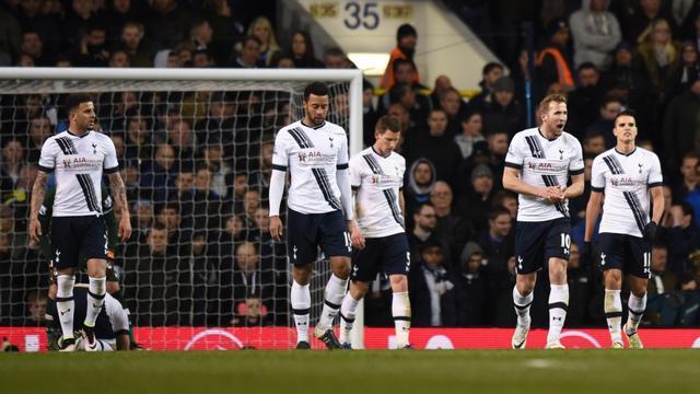 Leicester kan door misstap Spurs zondag bij United titel pakken