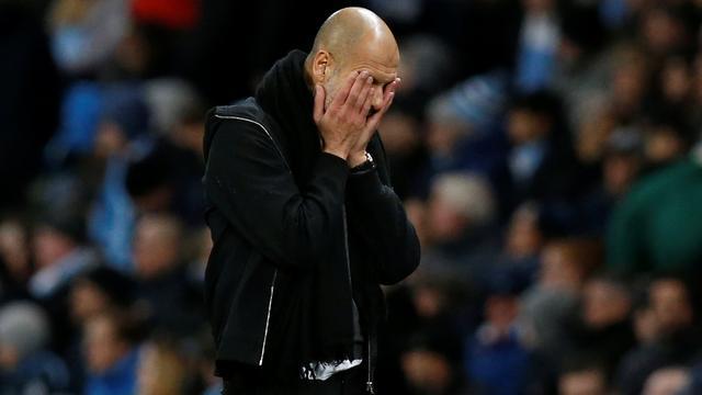 Geïrriteerde Guardiola moet City-aanvaller Jesus zes weken missen