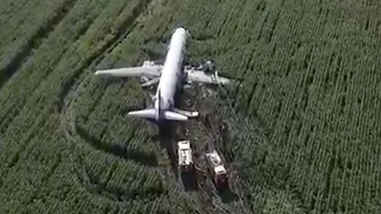 Russisch vliegtuig moet vlak na opstijgen noodlanding maken
