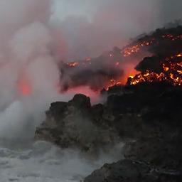 Lava en zeewater bij Hawaï zorgen voor chemische reactie