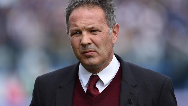 AC Milan ontslaat trainer Mihajlovic en stelt Brocchi aan als opvolger