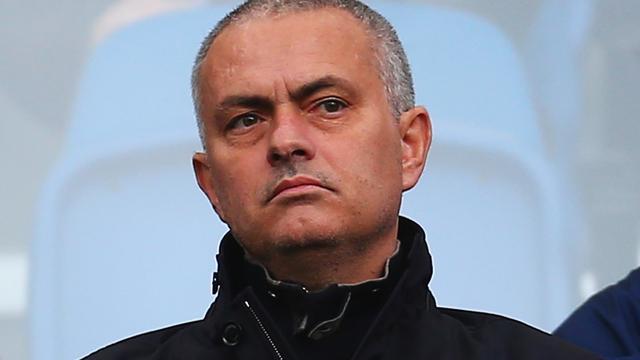 Zaakwaarnemer ontkent aanbieding United voor Mourinho