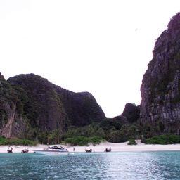 Toeristentrekpleister Maya Bay in Thailand vier maanden gesloten