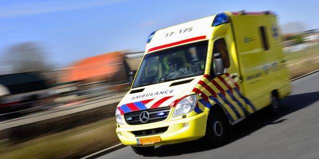 Drie gewonden na autobotsing bij Pompenburg