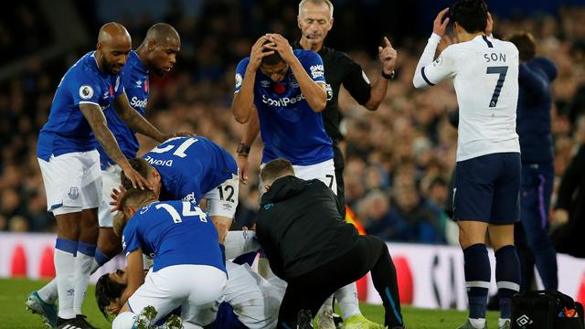 Horrorblessure Gomes na charge Son overschaduwt Everton-Tottenham