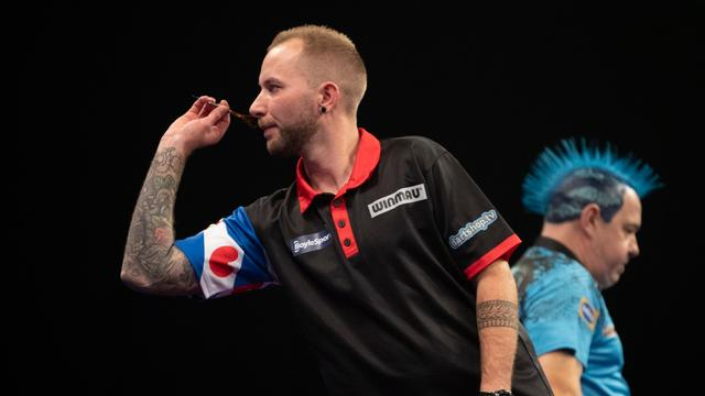 Noppert verliest van Wright en strandt in groepsfase Grand Slam of Darts