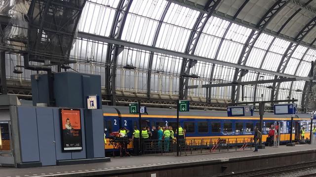 Overleden persoon aangetroffen in treintoilet Amsterdam Centraal