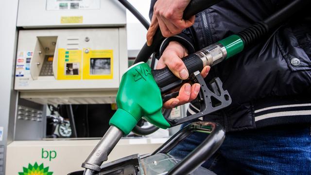 Man aangehouden na twee keer tanken zonder te betalen langs A16
