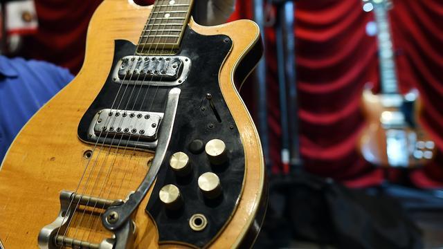 Gitaar oud-Beatle George Harrison brengt bijna half miljoen dollar op