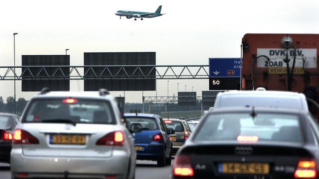 Rapport: 'Bouw geen nieuwe wegen om files te voorkomen'