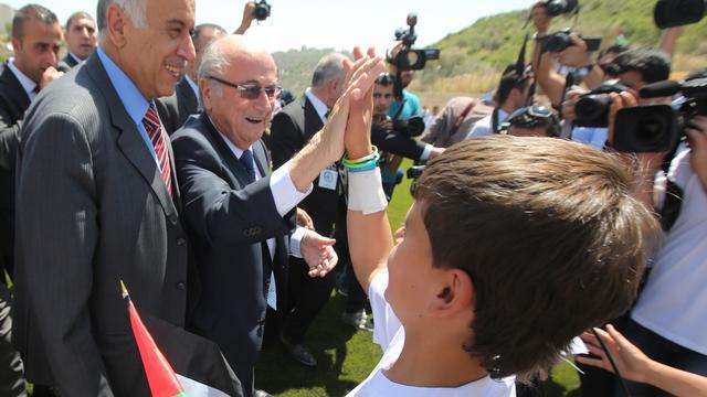 Duitse voetbalbond stemt niet op Blatter bij FIFA-verkiezing