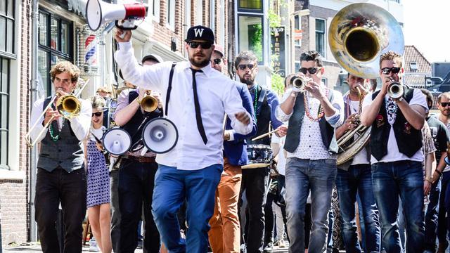 Breedstraat met Pinksteren weer omgetoverd tot New Orleans