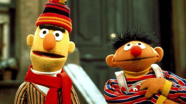 Sesamstraat-schrijver zegt dat Bert en Ernie een koppel zijn