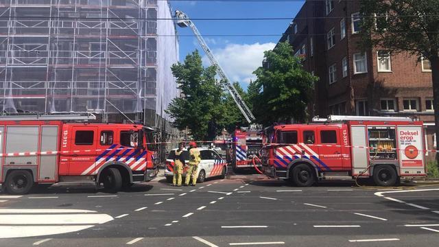 Brand in pand aan de Lutmastraat in Amsterdam-Zuid onder controle
