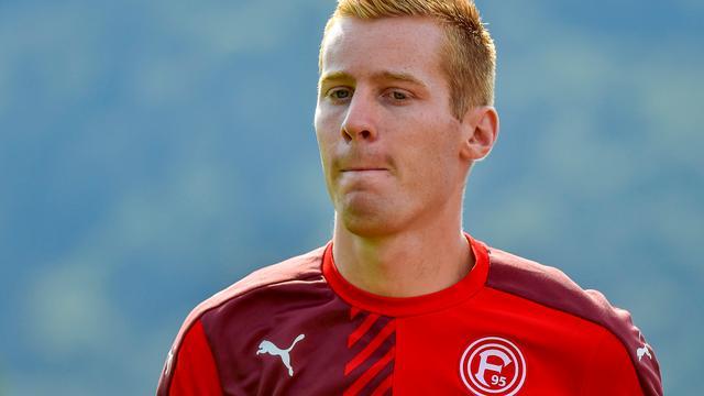 Van Duinen kopt Düsseldorf in blessuretijd naast Bochum van Verbeek