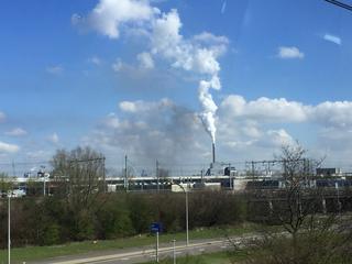 Bodemverontreiniging op eigen bedrijfsterrein in Westpoort