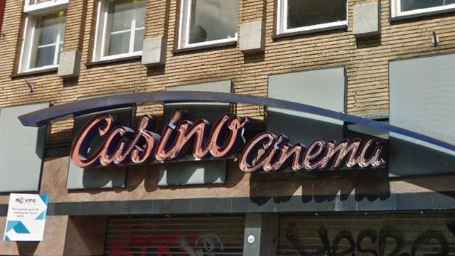 Decennia-oud achtergronddoek gevonden in voormalige Casino-bioscoop Breda