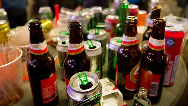 Trimbos Instituut: '14 procent van de Nederlanders is riskante drinker'