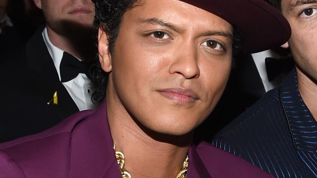 Bruno Mars treedt op tijdens MTV EMA in Rotterdam