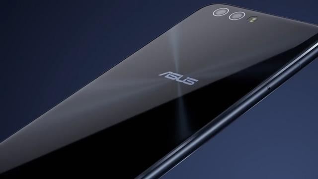 Asus onthult smartphones met dubbele camera's