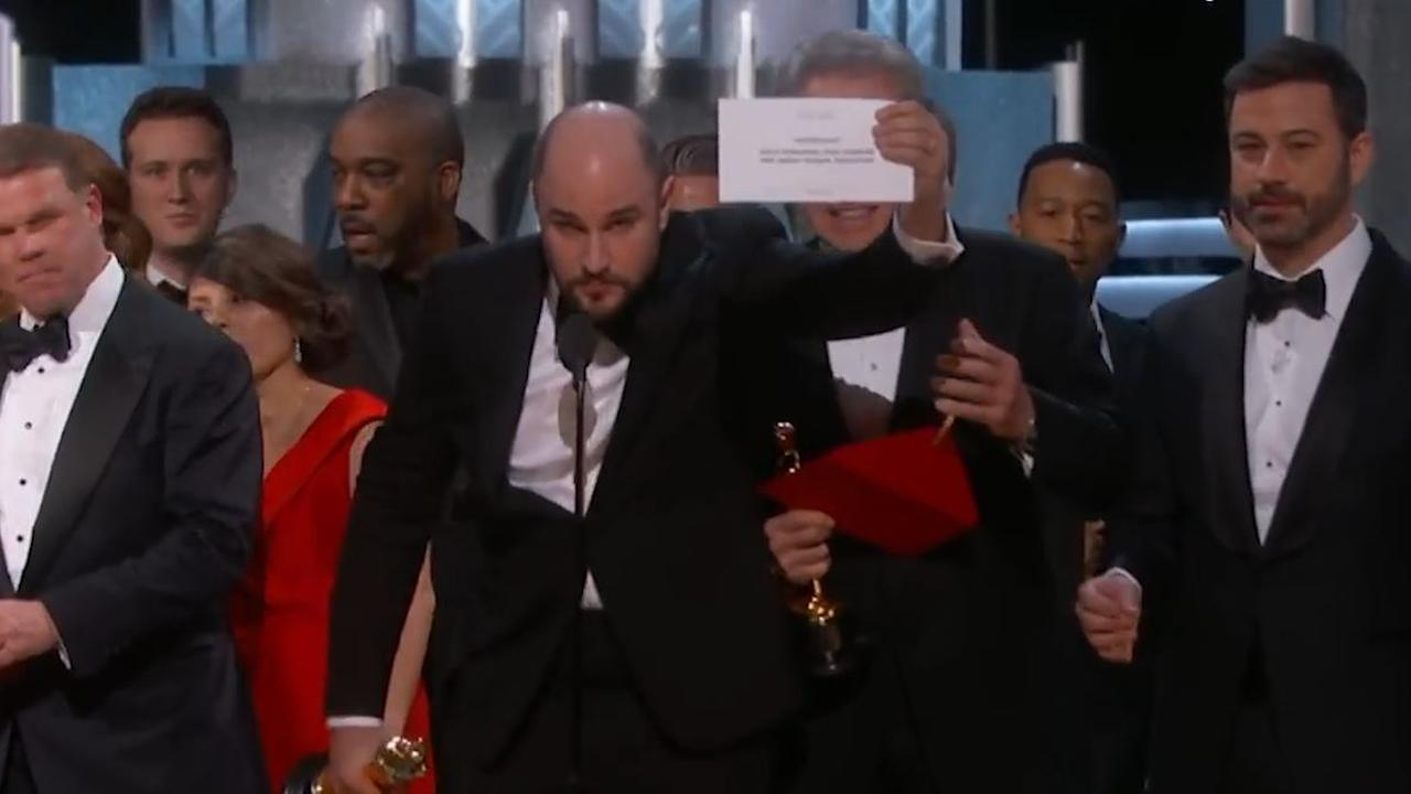 Jimmy Kimmel analyseert envelop-incident Oscars 2017