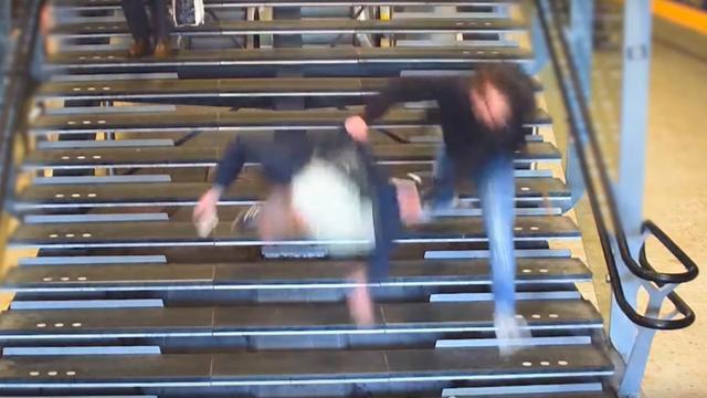 Identiteit van vluchtende winkeldief die man van trap duwt bekend