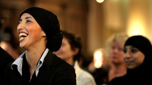 Fatima Elatik stopt voortijdig als diversiteitsdirecteur Politie Amsterdam