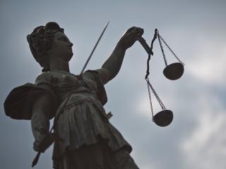 Man krijgt tevens voorwaardelijke celstraf van zes maanden