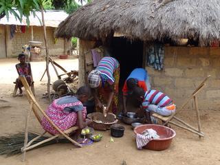 NU.nl in gesprek met betrokkenen in Ivoorkust