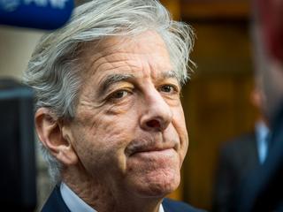 Minister Plasterk dringt aan op afschaffing na rechterlijke uitspraak