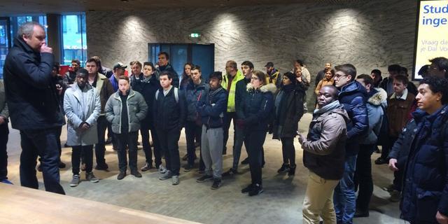 Studenten Oxford verkennen station Breda