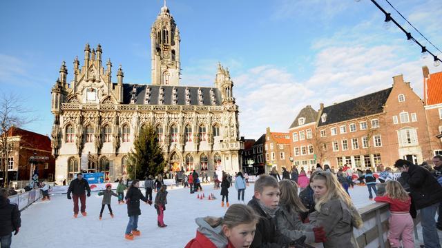 IJsbaan Middelburg geopend voor publiek