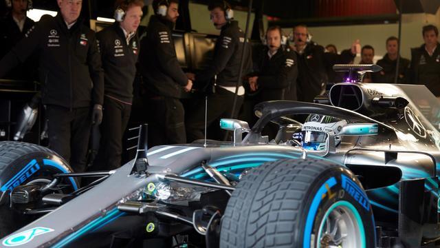 Mercedes-baas Wolff voorspelt spannende strijd met Ferrari en Red Bull