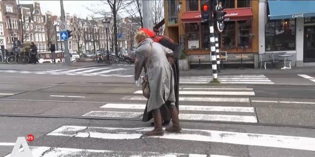 'Zebrapad Prinsengracht tackelt voetgangers al anderhalf jaar'