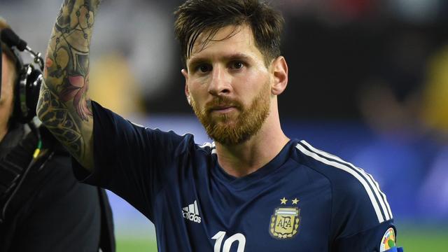 Messi passeert Batistuta als topscorer aller tijden van Argentinië