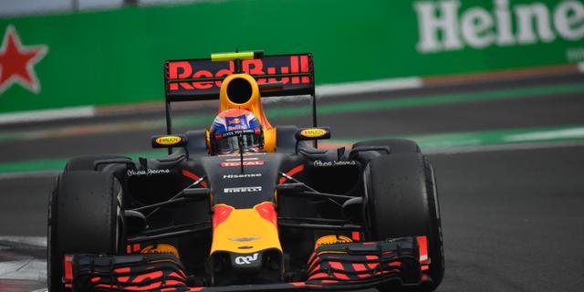 Tijdstraf kost Verstappen podiumplek bij Grand Prix van Mexico