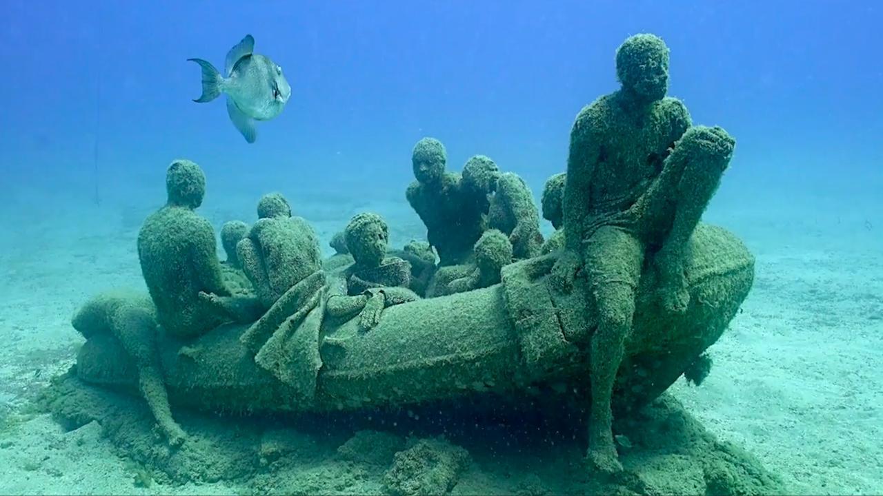 Bekijk hier hoe het onderwatermuseum in Lanzarote tot stand is gekomen