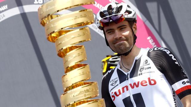 Bekijk het klassement van de Giro met Dumoulin als nummer twee