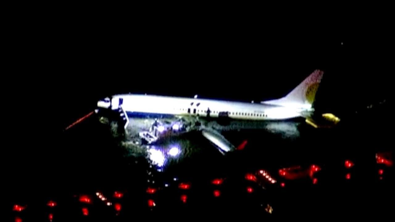 Passagier filmt noodlanding Moskou vanuit brandend toestel