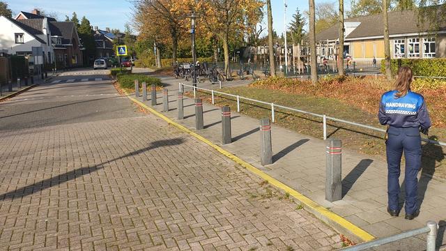Geldrop-Mierlo gaat extra controleren op foutparkeerders basisscholen