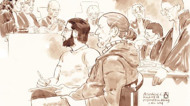 Groot proces tegen Haagse jihadverdachten van start