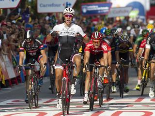 Nederlander sprint naar zege in twaalfde etappe