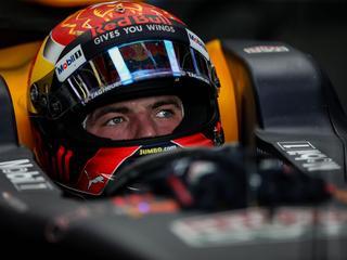 Commentator Allard Kalff hoopt op tweede plek voor Verstappen in slotrace