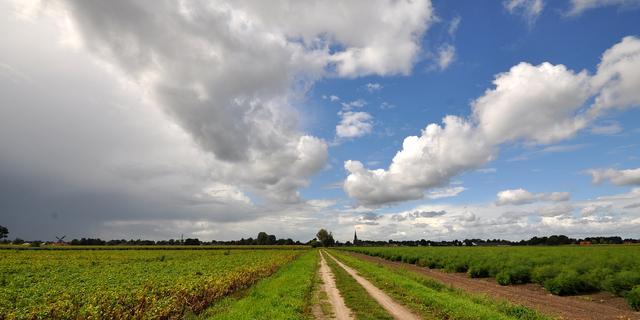 Weerbericht: Zon en stapelwolken wisselen elkaar af, maar het blijft droog