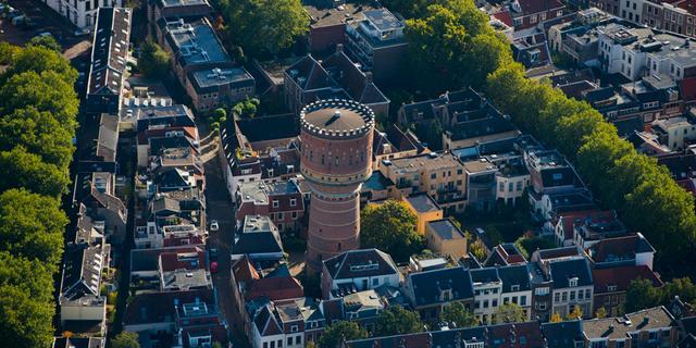 Watertoren Lauwerhof in Utrecht gaat in de verkoop