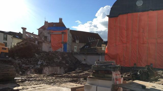 Laatste stukjes Hendriksgebouw worden gesloopt