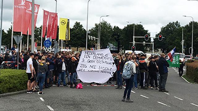 Alle vastzittende boeren in Assen vrijgelaten, opnieuw boetes uitgedeeld