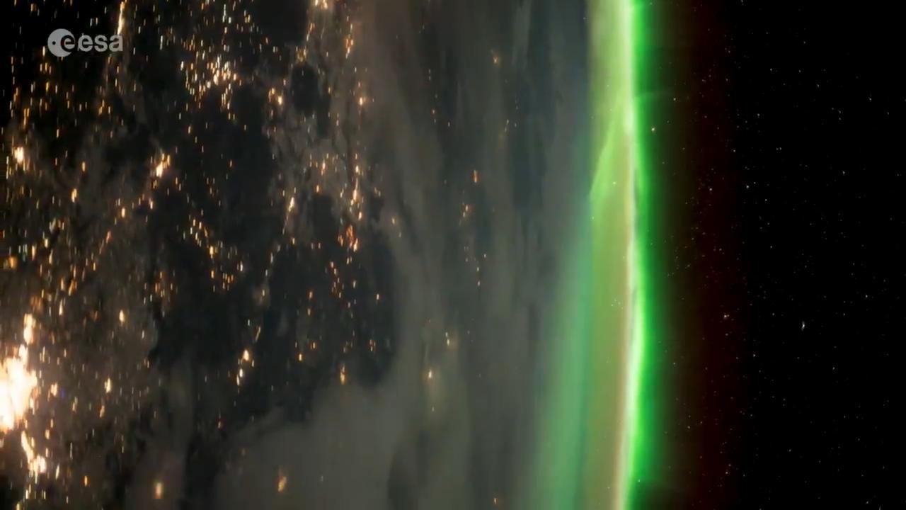 Astronaut filmt noorderlicht vanuit ruimte