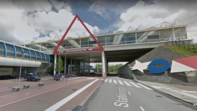 Vluchtende verdachte opgepakt op station Duivendrecht